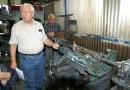 Amicale Peugeot Veteranen Club Suisse - Besuch SIM Motorencenter (11)