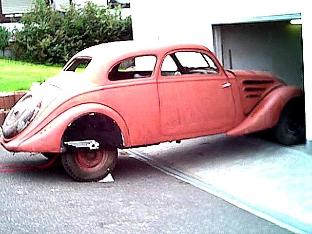 Restaurierung Peugeot 402 Coach