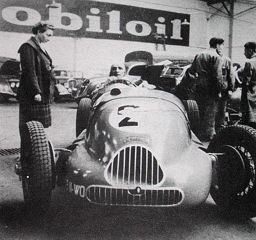 Peugeot 402 Monoplace Special Broual
